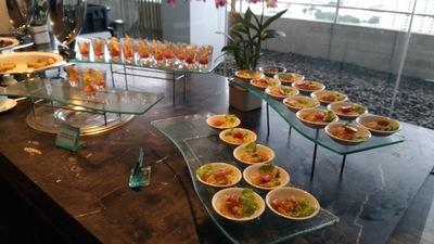 Millennium Hilton Bangkok exective lounge cocktailtime (1).jpg